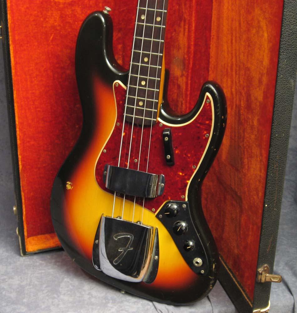 Fender jazz bass in hardcore